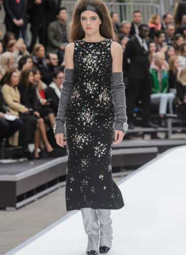 elle-pfw-fw17-collections-chanel-46-imaxtree_1