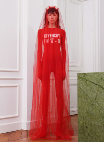 elle-pfw-fw17-collections-givenchy-01-courtesy-givenchy_1_1