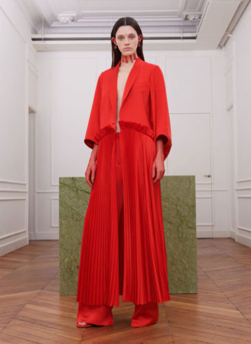 elle-pfw-fw17-collections-givenchy-21-courtesy-givenchy_1_1