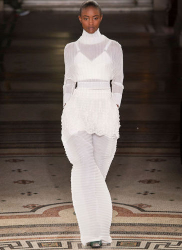elle-pfw-fw17-collections-stella-mccartney-29-imaxtree_1