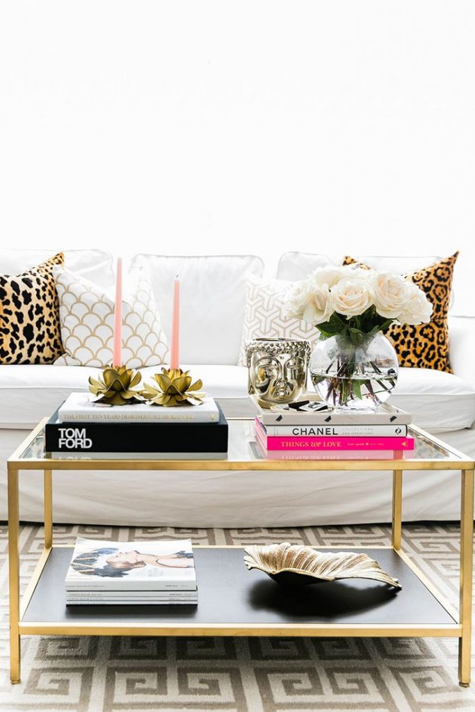 HOW TO CHIC UP YOUR HOME