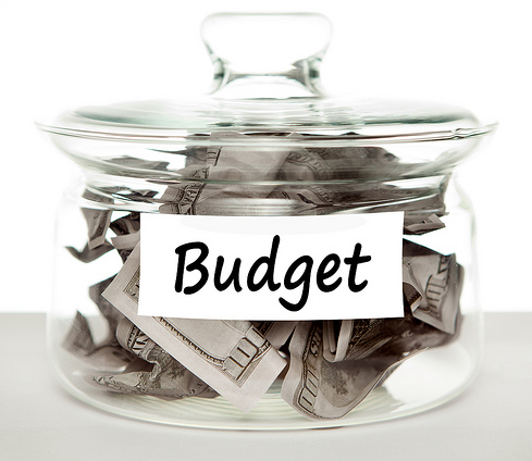 SMART BUDGETING MADE EASY WITH THESE SIMPLE RULES