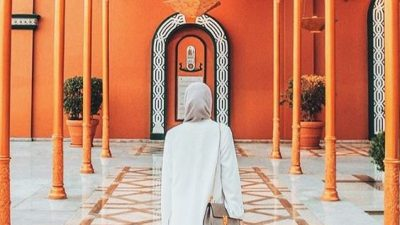 THE CHIC GIRL'S GUIDE TO CAIRO