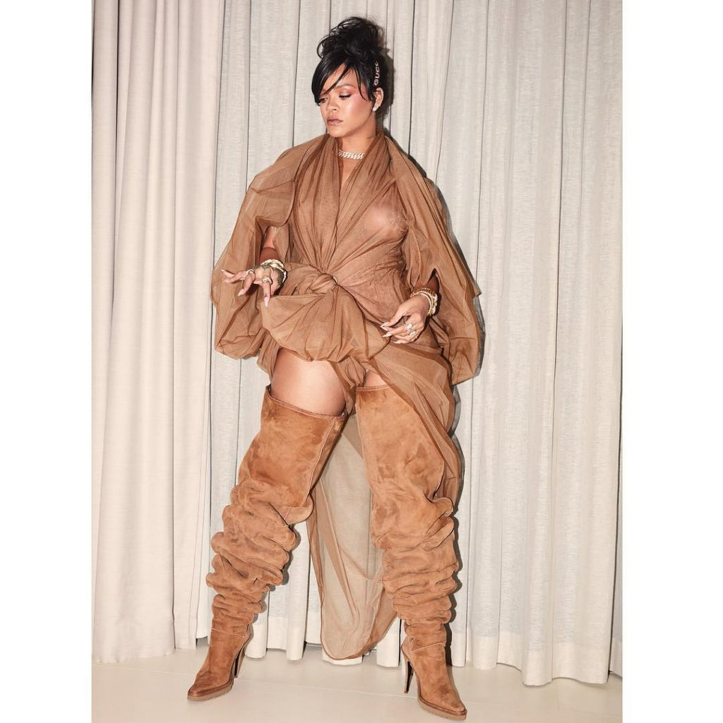 RIHANNA'S UNDENIABLE LOVE FOR THIGH-HIGH BOOTS