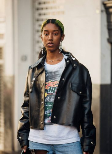 00025-lfw-street-style-ss19-preview-vogue-int-14sept-credit-jonathan-daniel-pryce