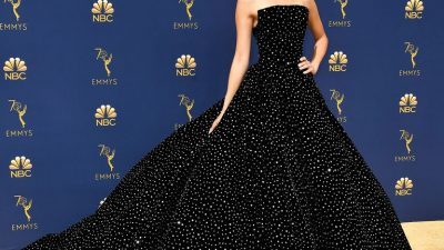 THE 10 LOOKS THAT WON THE #EMMYAWARDS2018
