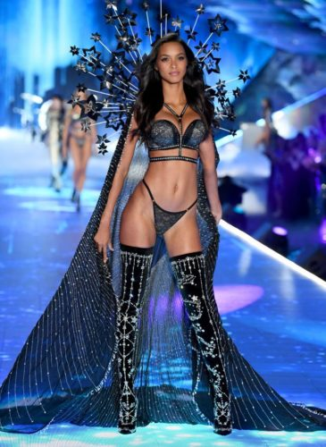 lais-riberio-walks-the-runway-during-the-2018-victorias-news-photo-1059371260-1541731635