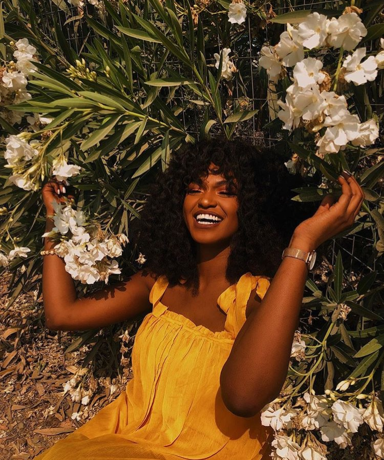 STYLE GUIDE: HOW TO COMPLIMENT YOUR MELANIN IN ORANGE